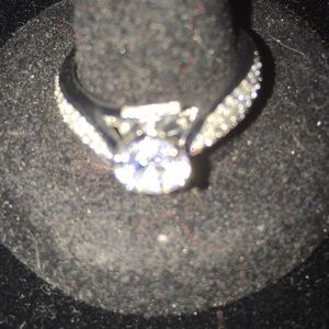 Jewelry - 925 silver engagement ring